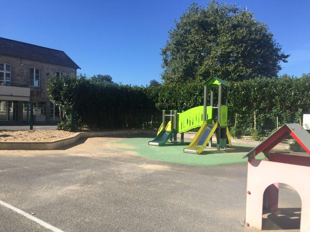 Ecole sainte marie Guérande cour classes maternelles