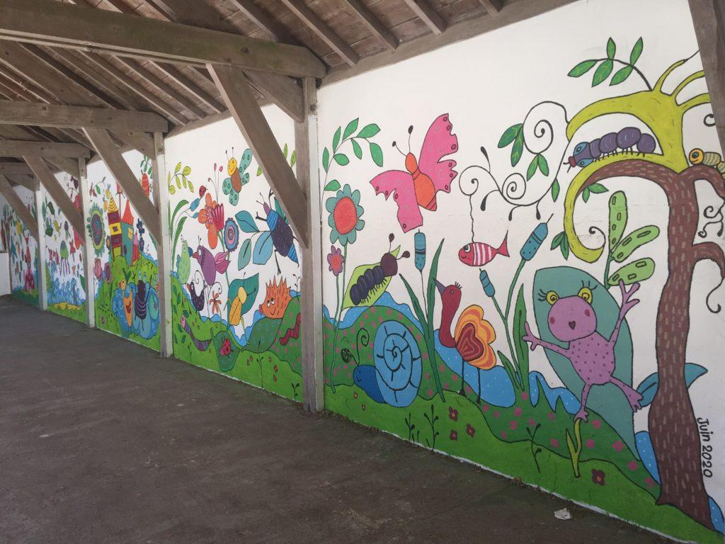 Ecole sainte marie Guérande fresque cour