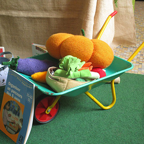 Spectacle sur les légumes offert par l'APEL aux maternelles